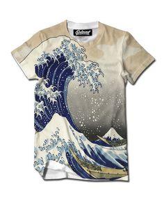 Great Wave Tee from Beloved Shirt Este la camiseta es blanco y Azul. Yo pienso la camiseta es vistoso.