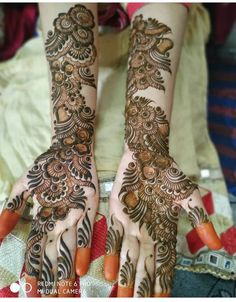 Latest Eid Mehndi Designs for Palms & Arms - Tattoo's & Henna Designs - Henna Designs Hand Indian Henna Designs, Latest Bridal Mehndi Designs, Full Hand Mehndi Designs, Stylish Mehndi Designs, Mehndi Designs 2018, Henna Art Designs, Mehndi Designs For Girls, New Bridal Mehndi Designs, Tattoo Designs