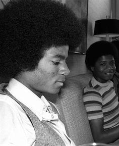 Michael & Randy Jackson :)  - Cuteness in black and white ღ  by ⊰@carlamartinsmj⊱