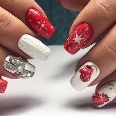 50 Beautiful Stylish and Trendy Nail Art Designs for Christmas Xmas Nails, New Year's Nails, Holiday Nails, Love Nails, Christmas Nails, Christmas Deer, Winter Christmas, Nail Art Noel, Nailart