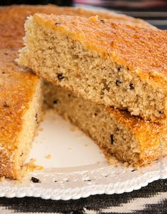 Torta di quinoa cocco e fave di cacao di Ritabuzz - Una torta ricca, gustosa e golosa, priva di lattosio, adatta quindi anche agli intolleranti. Un modo diverso dal solito per godere una fetta di bontà, grazie a Ritabuzz!