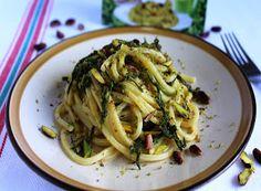 Denny Chef Blog: Spaghetti quadrati al pistacchio e asparagi