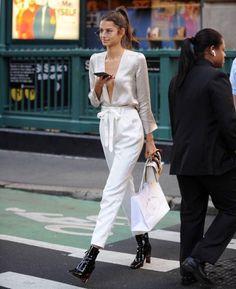 top en satin, tenue blanche, model #satintop