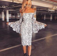 Our beautiful Ivy Grove Dress worn by @sarah_czarnuch //shop link in bio #whiterunway #bridesmaids #weddingfash #fashion