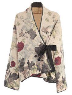 Antonio Marras Sweater In Vunica Mode Kimono, Kimono Jacket, Kimono Style, Batik Fashion, Antonio Marras, Mode Chic, Mode Hijab, Mode Inspiration, Sewing Clothes