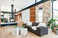Alexandra Buchanan Architecture Designs a Spacious Contemporary Home in Melbourne, Australia Rural Retreats, Melbourne House, Fireplace Design, House And Home Magazine, Victorian Homes, Building A House, Beautiful Homes, Living Spaces, Living Room