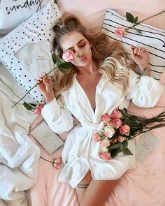 Satin Pyjama Set, Pajama Set, Womens Fashion Online, Latest Fashion For Women, Mode Rose, Nouvel An, Photo Instagram, Girl Photography, Girly Girl
