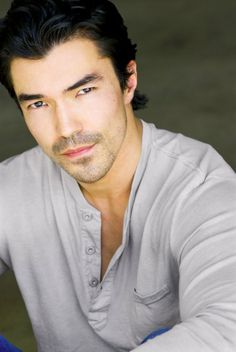 Hawaii 5 0  Ian Anthony Dale in recurring role as Adam Noshimuri