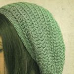 Free crochet patterns for hats! = for when you start crocheting Crocheted Hats, Crochet Beanie, Knit Or Crochet, Crochet Scarves, Crochet Crafts, Crochet Hooks, Crochet Projects, Free Crochet, Crochet Quilt