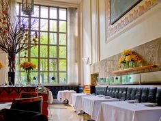 Now elevated to three Michelin stars and in the top ten of the San Pellegrino World's 50 Best Restaurants list, Eleven Madison Park is home to some of Manhattan's most sought-after tables.
