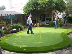 Golf professionals nationwide have chosen EasyTurf for their own practice greens in their backyards.