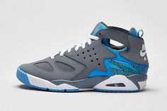 uk availability 8fcbc 5456e Nike Air Tech Challenge Huarache Cool GreyUniversity Blue-White