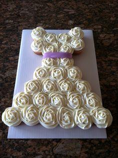 Vanilla cupcake cake wedding dress