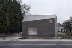Vers.A - Woso house, Mechelen. Photos (C) Maxime Delvaux.
