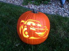 McQueen - pumpkin carving
