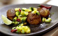 Unser beliebtes Rezept für Jakobsmuscheln mit Gurken-Mango-Relish und mehr als…