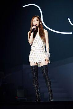 Taeyeon S tour day Girls Generation, Girls' Generation Taeyeon, Snsd, Kpop Fashion, Korean Fashion, Fashion Outfits, Stage Outfits, Kpop Outfits, Kpop Girl Groups