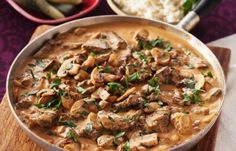 Klassisk biff Stroganoff. Beef Dishes, Tasty Dishes, Beef Recipes, Cooking Recipes, Recipies, Good Food, Yummy Food, Swedish Recipes, Everyday Food