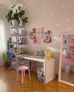 Pastel Room Decor, Pastel Bedroom, Cute Room Decor, Room Design Bedroom, Room Ideas Bedroom, Bedroom Decor, Bedroom Inspo, Indie Room, Minimalist Room