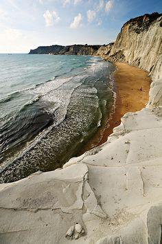 Sandy beach - Scala dei Turchi - Sicily | Flickr - Photo Sharing!
