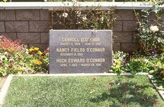 """THE GRAVE OF CARROLL O'CONNOR  ('Archie Bunker' in """"All in the Family"""", """"In the Heat of the Night"""")"""