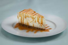 The best Caramel Cheesecake you will ever make. Trust us, it's worth it! Dad used Joe and Seph's caramel sauce, yum. Smooth Icing, Toffee Sauce, Cake Mixture, Digestive Biscuits, Caramel Cheesecake, Gin And Tonic, Serving Dishes, Tray Bakes
