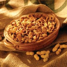 Combine KELLOGG'S® CRISPIX® cereal, pretzels and peanuts in 13 x 9 x 2-inch baking pan. Set aside.