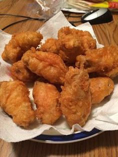 I was never really a fan of chicken wings growing up. However, once I started going to Buffalo Wild Wings to watch Packers games here in . Cooking Chicken Wings, Fried Chicken Recipes, Meat Recipes, Appetizer Recipes, Cooking Recipes, Appetizers, Chinese Fried Chicken Wings, Fried Chicken Batter, Crispy Chicken Wings