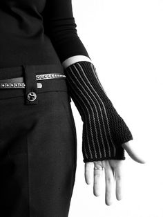 pinstripe mitts  - looks like they were garter stitched sideways?