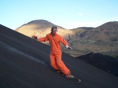 Cerro Negro (volcano boarding) - Nicaragua
