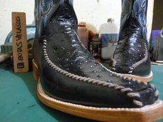 botasvelasco #acaestalotuyo #cowboysboots #consumelocal #Cuuuumbiaaaa #hermosillo #boots