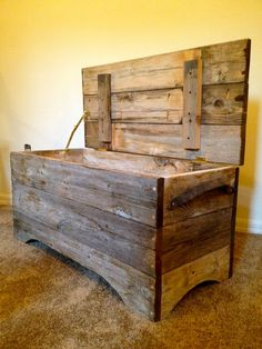 Reclaimed Barn Wood Storage Bench.. I could probably make one just by looking at this picture.