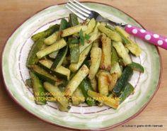 Bastoncini di zucchine al Parmigiano | la cuoca in giallo