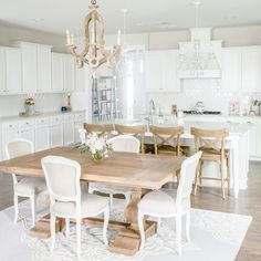 When decorating with white, it's helpful to know a few cleaning tips and tricks!