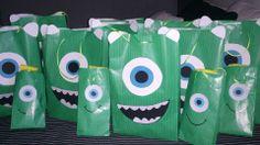 Cumple monstruífico: bolsas de chuches Mike Wazowski  Monster Birthday Party - Inma Torrijos