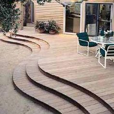 Curved deck steps Curved deck levels Smaller scale from the aft deck to a round or curved oneSmaller scale from the aft deck to a round or curved oneSmaller scale from the aft deck to a round or curved one Patio Steps, Garden Steps, Wood Steps, Creative Deck Ideas, Patio Deck Designs, Concrete Stairs, Cool Deck, Building A Deck, Backyard Decks