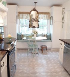 Trendy Kitchen Window Seat Ideas Built Ins Cushions House, Kitchen Window, Home, Window Seat Kitchen, Vintage Kitchen, Eclectic Kitchen, House Interior, Kitchen Benches, Built In Cabinets