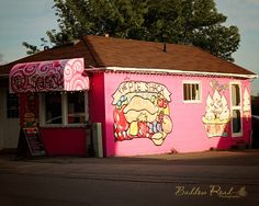 The Pie Shack on Francis Street East in Fenelon Falls.  Pies and other great baked goods.  Photo Credit : Baddow Road Photography, 2013.