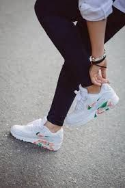 Resultado de imagen para zapatillas nike tumblr
