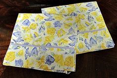 Laura Ashley Charlotte Confetti 2 King Pillowcases Blue Yellow White Floral Euc - Sheets & Pillowcases
