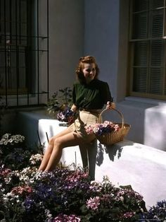 Premium Photographic Print: Maureen O'Hara at Home in Her Garden by Peter Stackpole : 24x18in
