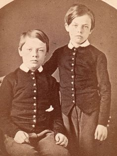 Staten Island NY CA 1870 74 Military School Cadets CDV I'D Brothers   eBay THEY ARE IDENTIFIED ON THE REVERSE IN PENCIL AS LARUE AND LEEDS JOHNSON.  THE IMAGE WAS MADE BY J. LOEFFLER, TOMPKINS- VILLE, STATEN ISLAND, NY. Staten Island, Leeds, Hungary, Brother, Pencil, Military, School, Ebay, Image