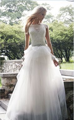 Long Tulle Wedding Dresses Lace Appliques Crystals Bridal Gown