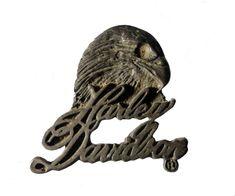 HARLEY DAVIDSON Eagle Cursive vintage pin lapel badge metal motorcycle Official Merchandise
