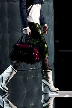 marc jacobs fall 2011.  colors, textures, innovation.