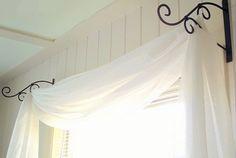 Интересные способы отделки штор своими руками, нестандартные карнизы и крючки, креативные идеи для подвешивания штор и мн. др.
