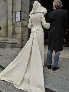 winter bride. Dos en la Pasarela: bodas