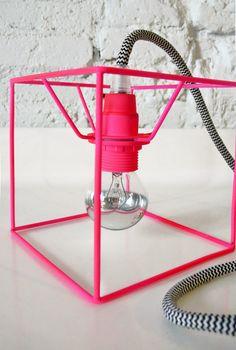 Home Decor Objects Ideas & Inspiration : Neon Cube Lamp by Lacasadecoto… Lamp Design, Lighting Design, Lamp Light, Light Up, Pink Light, Luminaria Diy, Diy Luminaire, Ideias Diy, Decoration Inspiration