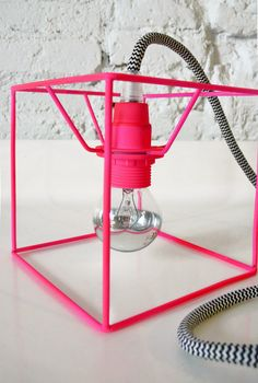 CUBE LAMP with textile cable switch and plug neon por lacasadecoto