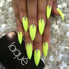 Laque Nail Bar | Neon Green Stiletto Acrylic Nails w/ Rhinestones